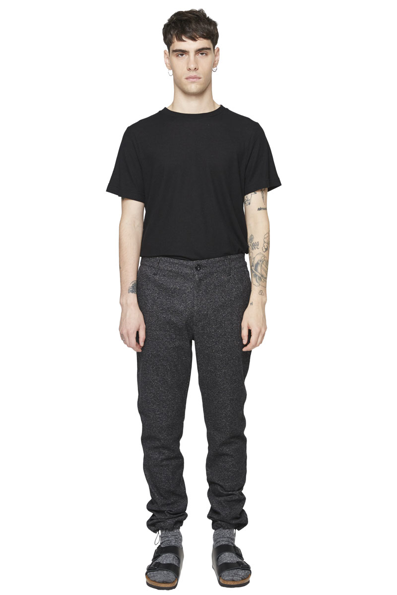 - Cotton and Elastane track pant - Slight carotte fit - 4