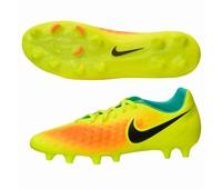Nouvelles chaussures de rugby Nike Magista en version