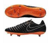 Nouvelles chaussures Nike Legend VII Academy en version