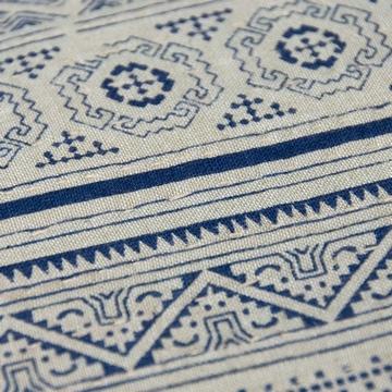 Coussin Batik 35x50cm Sensitive et Fils