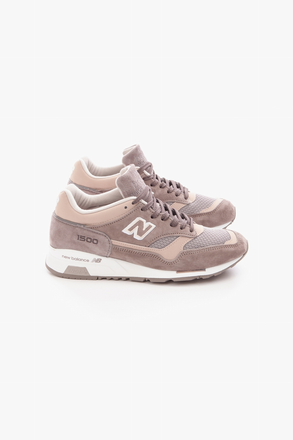 timeless design 69ea1 b17f2 NEW BALANCE 1500 LGS