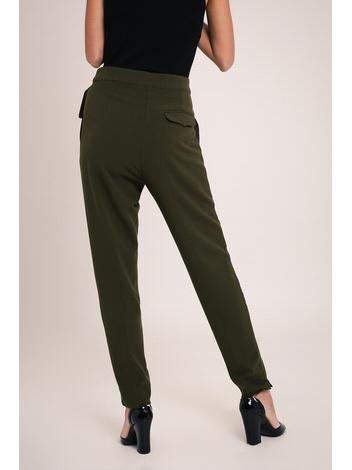 - Pantalon à pinces sur le devant - Taille réglable par une