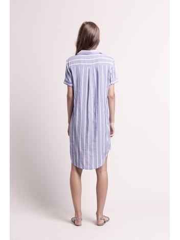 - Robe chemise bleu jean à rayures brodées blanches -