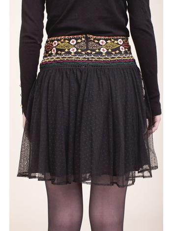 - Jupe noir en tulle à broderies et perles multicolore -