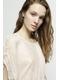 - Tunique rose poudrée à nervures et à empiècements brodés -