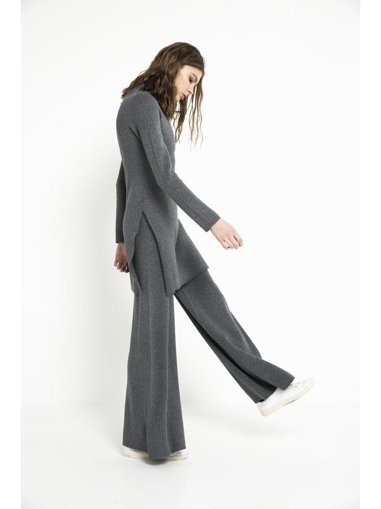 - Pantalon flare en maille tricot - Taille haute - Lavage en