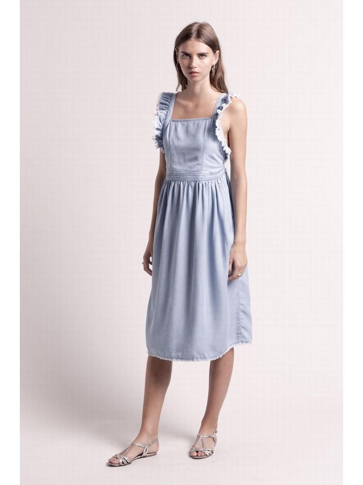 - Robe mi-longue en tencel bleu ciel - Col carré - Dos nu -