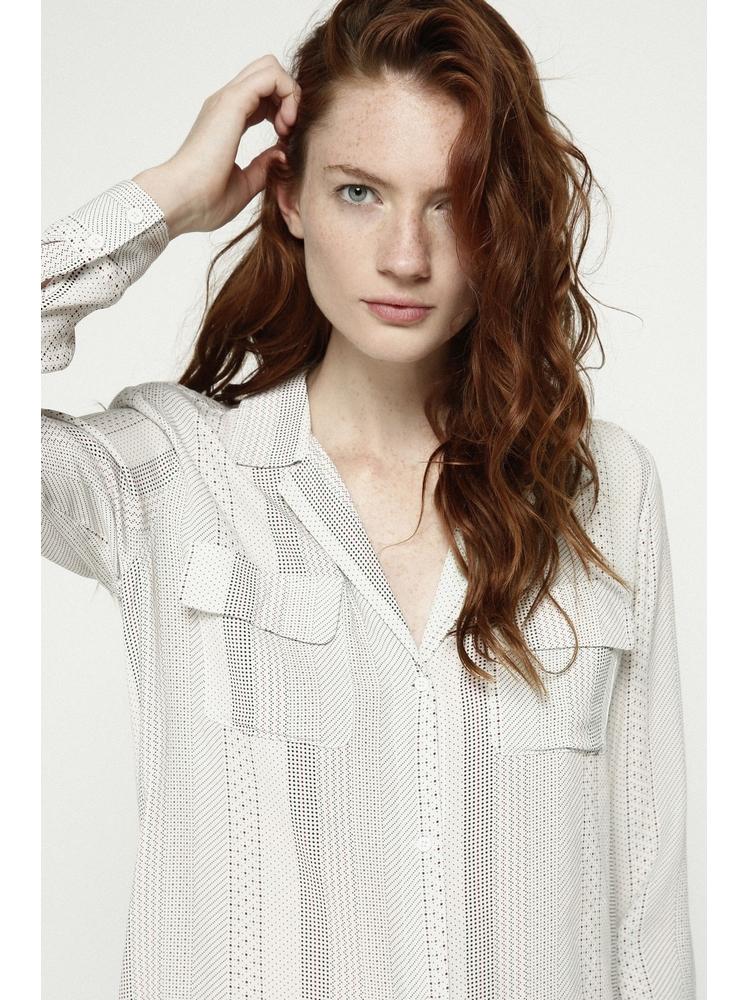 - Chemise col tailleur ecru à pois rouge et noir - Coupe