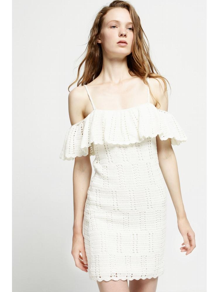 - Robe en crochet à volant - épaules dénudées - bretelles