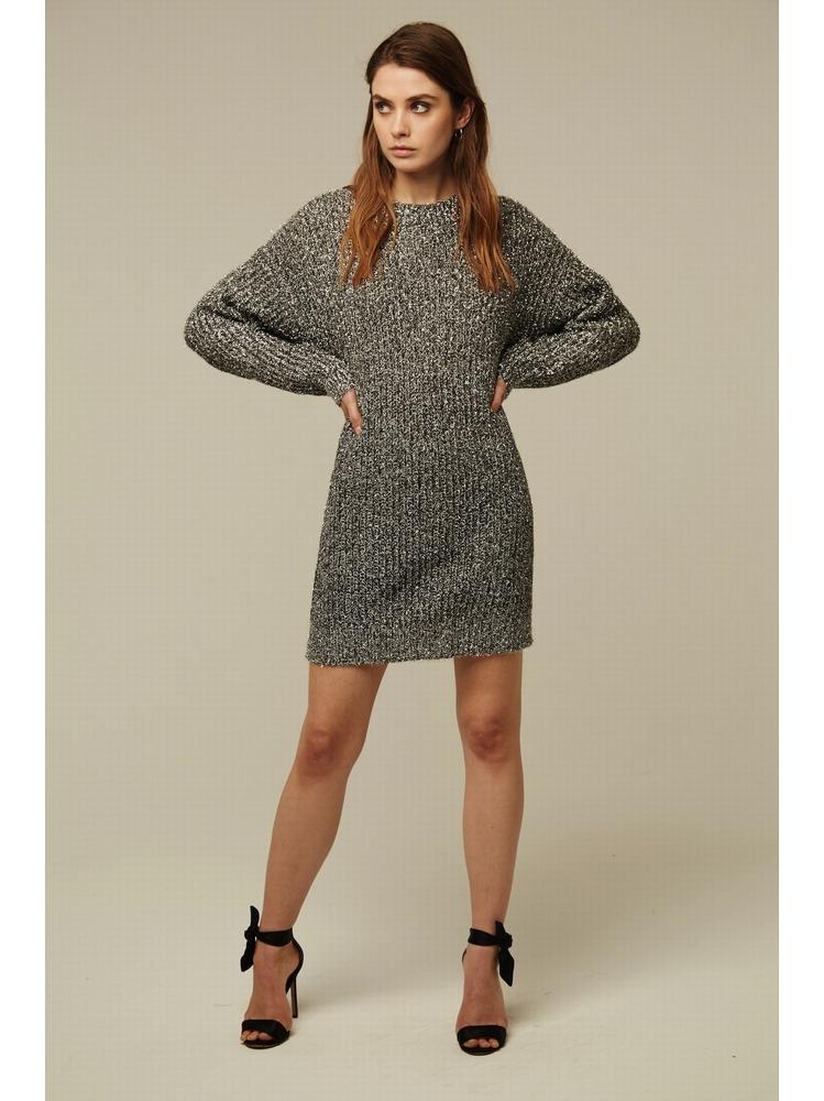 - Robe pull oversize en maille texturée grise avec fil