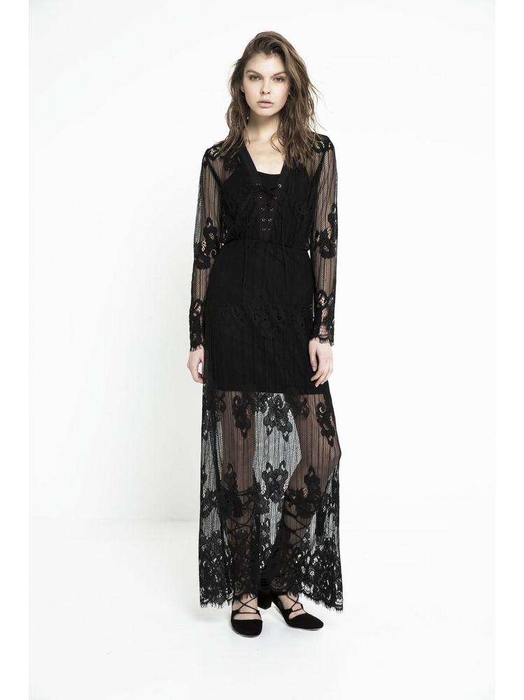 - Robe longue en dentelle - Doublée d'une robe courte