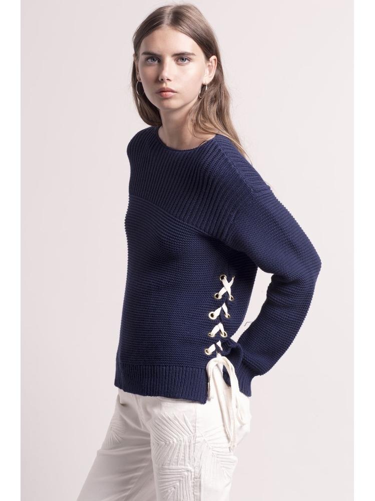 - Pull en coton bleu marine avec lacets sur les cotés - Col