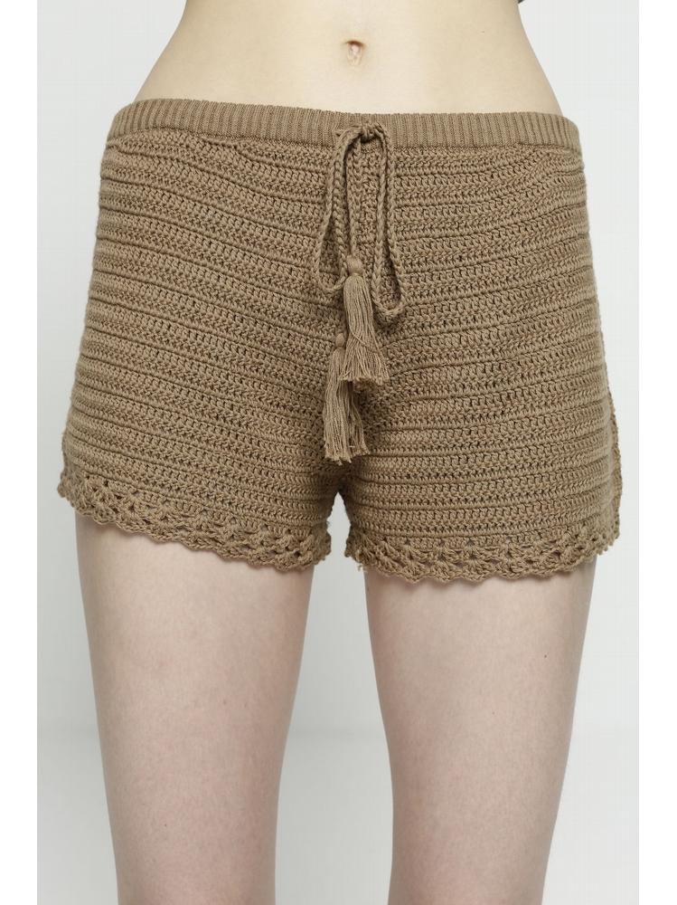 - Short court en crochet - Taille élastiquée - Liens à nouer
