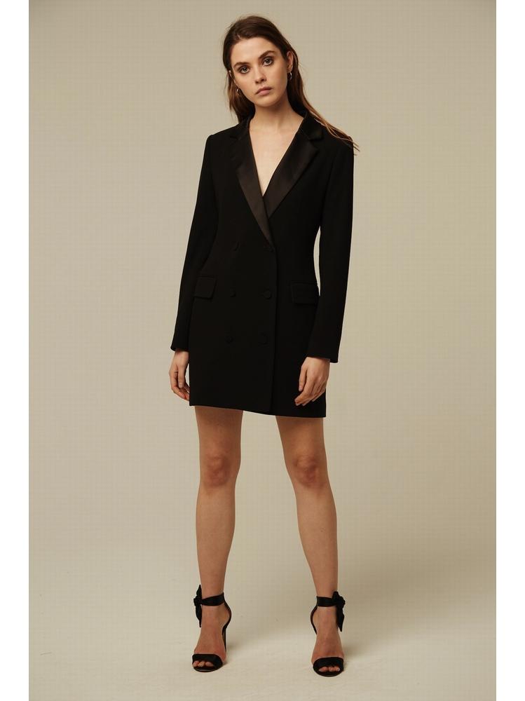- Robe smoking courte noir avec col en satin et manches