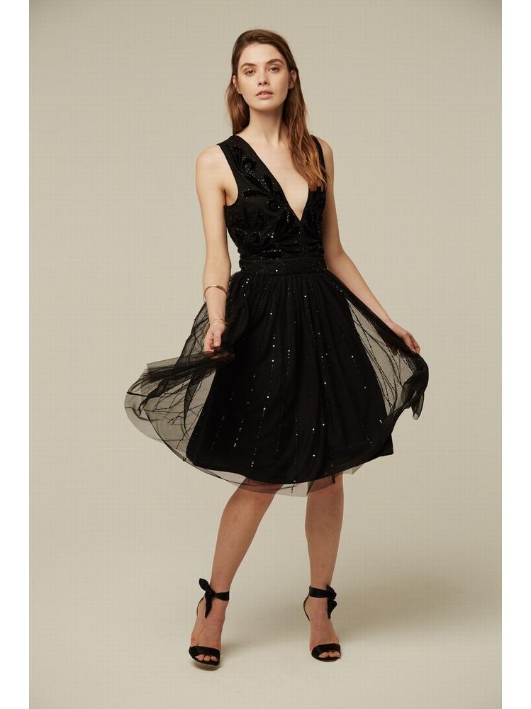 - Robe en tulle noir à paillettes - Empiècements en velours
