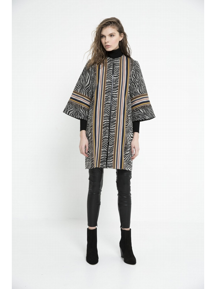 - Manteau zippé en jacquard imprimé zébré + rayures