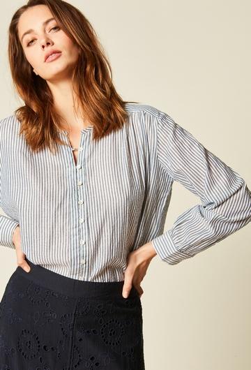 Chemise large à fronces imprimée en coton. Fils lurex pour