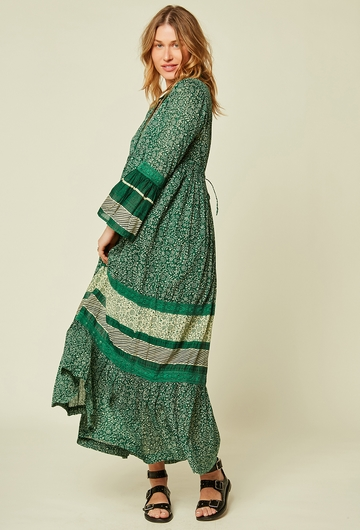 Robe longue à volants imprimée en coton. Manches ¾ à