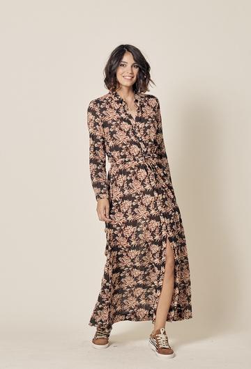Robe longue imprimée en coton. Resserrée à la taille.