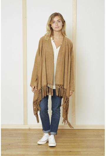 Ambiance californienne pour cette veste en daim souple.