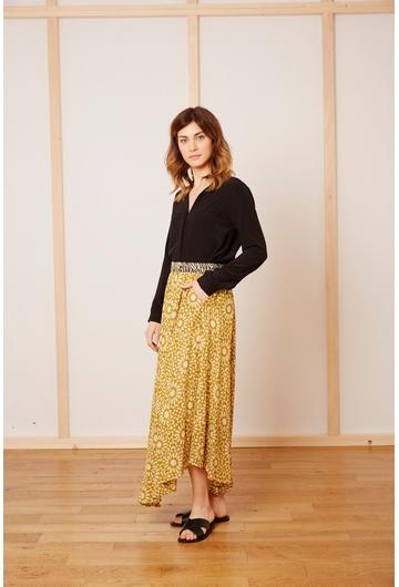La jupe MOSAIQUE signée Stella Forest est la parfaite jupe