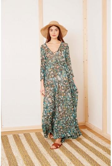 La robe Longue BOTANIQUE signée Stella Forest à l'imprimé