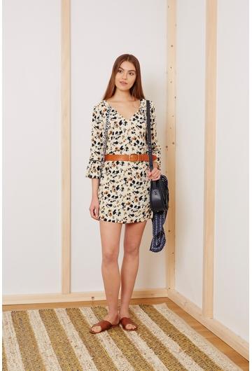La robe courte Coquelicot, fluide et légere, donnera une