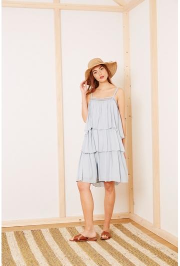 La robe Courte THAIS signée Stella Forest est idéale pour