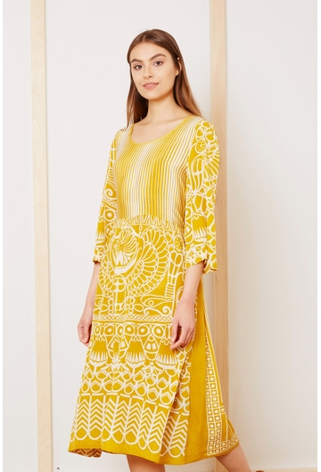 Notre douce robe longue santorin, fluide et légère, donnera