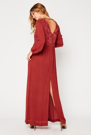 Notre jolie robe Luna douce et légere, vous donnera une