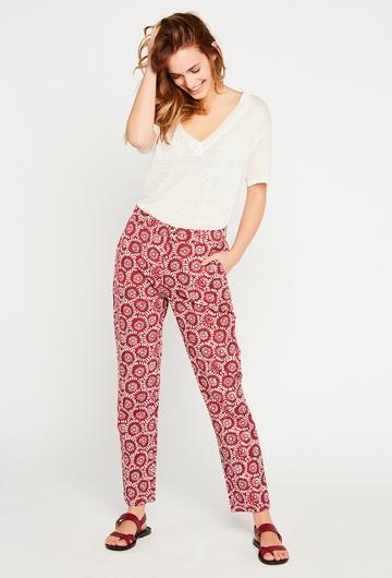 Notre pantalon Poppy est parfait en toutes saisons ou