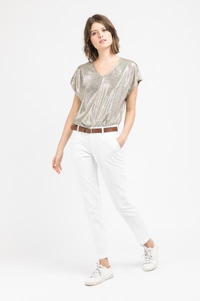Pantalon Lola Jones, coupe droite, deux poches avant.