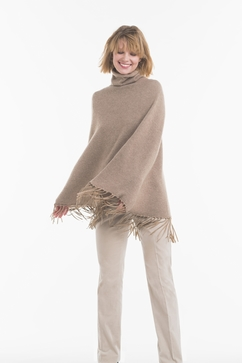 Poncho Femme à franges, en maille 100% cachemire double fil.