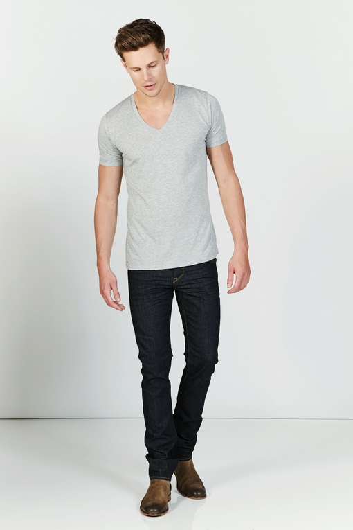 Tee-shirt by Spontini pour homme. - Col V. - Manches