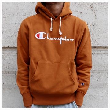 La marque CHAMPION arrive chez LE BUZZ avec une gamme de