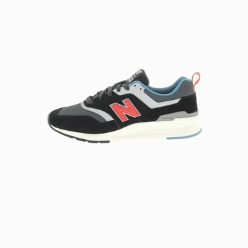 Cette version de la New Balance 997 arbore un upper en daim
