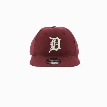 La LT WT NYLN PK920 DETTIG est une casquette de la marque