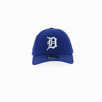 La LEAG ESNL 940 DETTIG est une casquette de la marque New