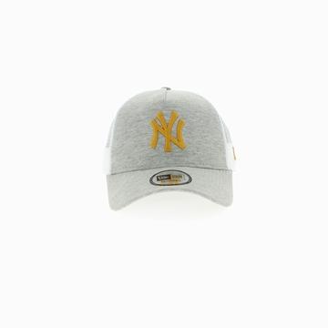 La NEW YORK YANKEES TRUCKER est une casquette de la marque