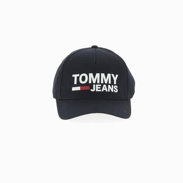 La TJM FLOCK CAP est une casquette de la marque TOMMY