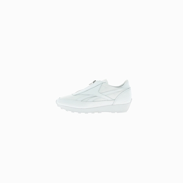 La AZTEC ZIP de la marque REEBOK est une sneaker au design