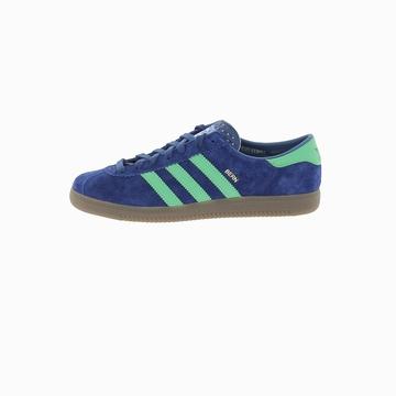 Cette Adidas BERN est une réédition à l'identique du modèle