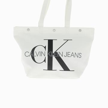 Le sac BOTTOM TOTE MONOGRAM de la marque Calvin Klein est un