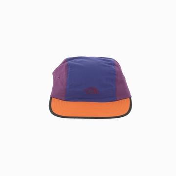 La 92 RETRO RAGED BALL est une casquette de la marque THE