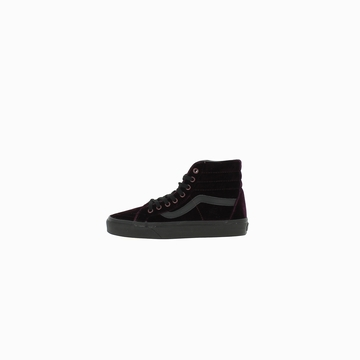 La VANS UA SK8-HI REISSUE (VELVET) est une sneakers alliant