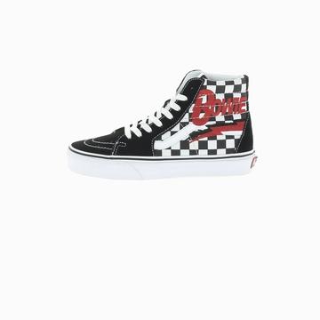 La VANS SK8-HI est une sneaker montante avec son look rétro
