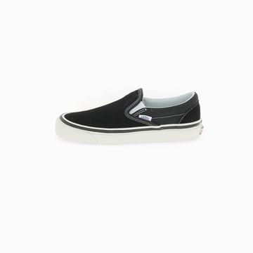 La VANS CLASSIC SLIP-ON 9 (ANAHEIM FACTORY) est une sneaker